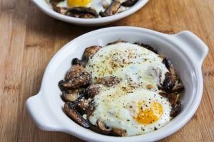 baked-eggs-mushrooms-6-kalynskitchen